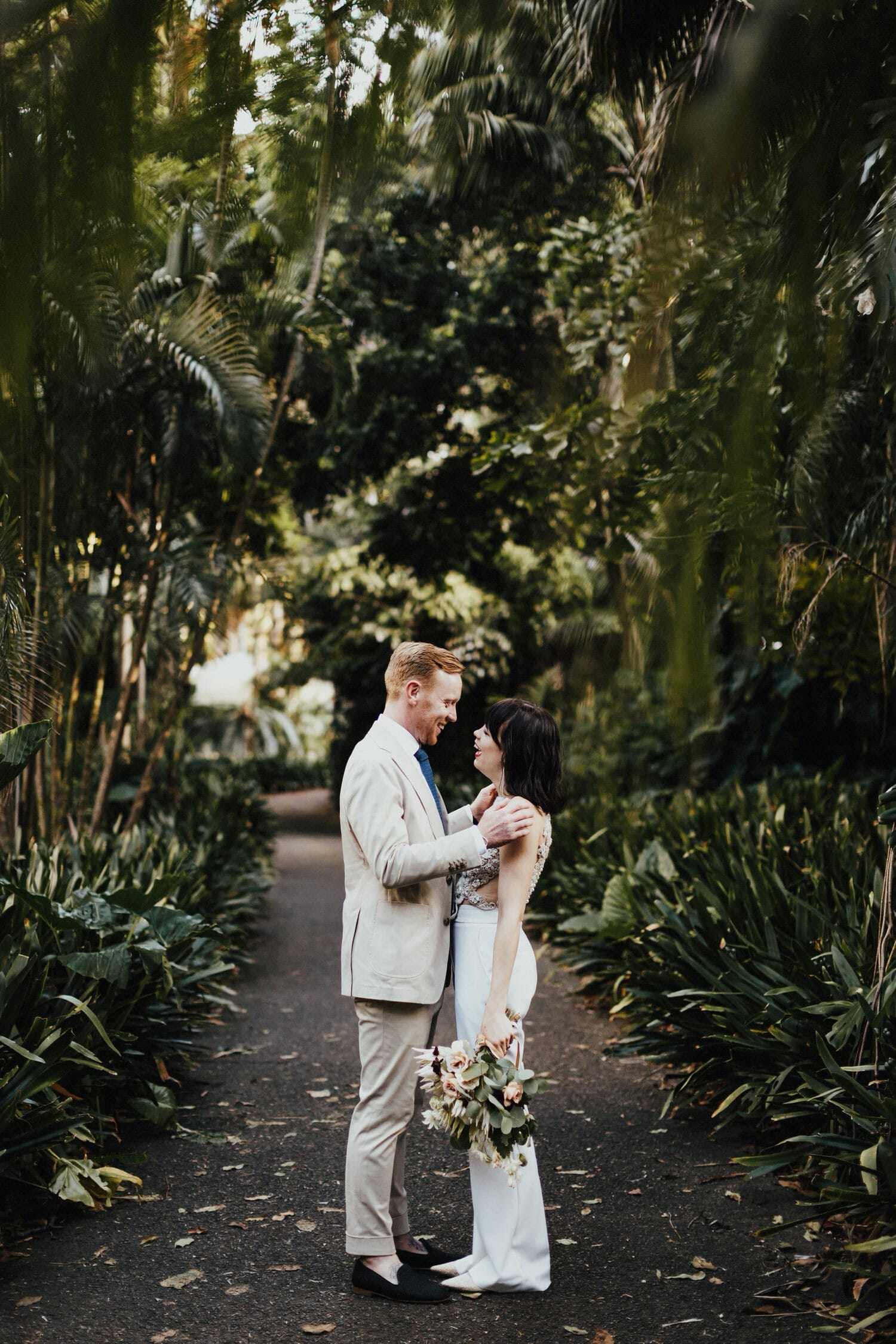 Carly + Bevan Real Wedding, Royal Botanical Gardens Sydney Wedding Photographer